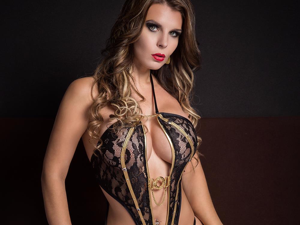 Livesex mit Aische-Pervers auf Camseite.com