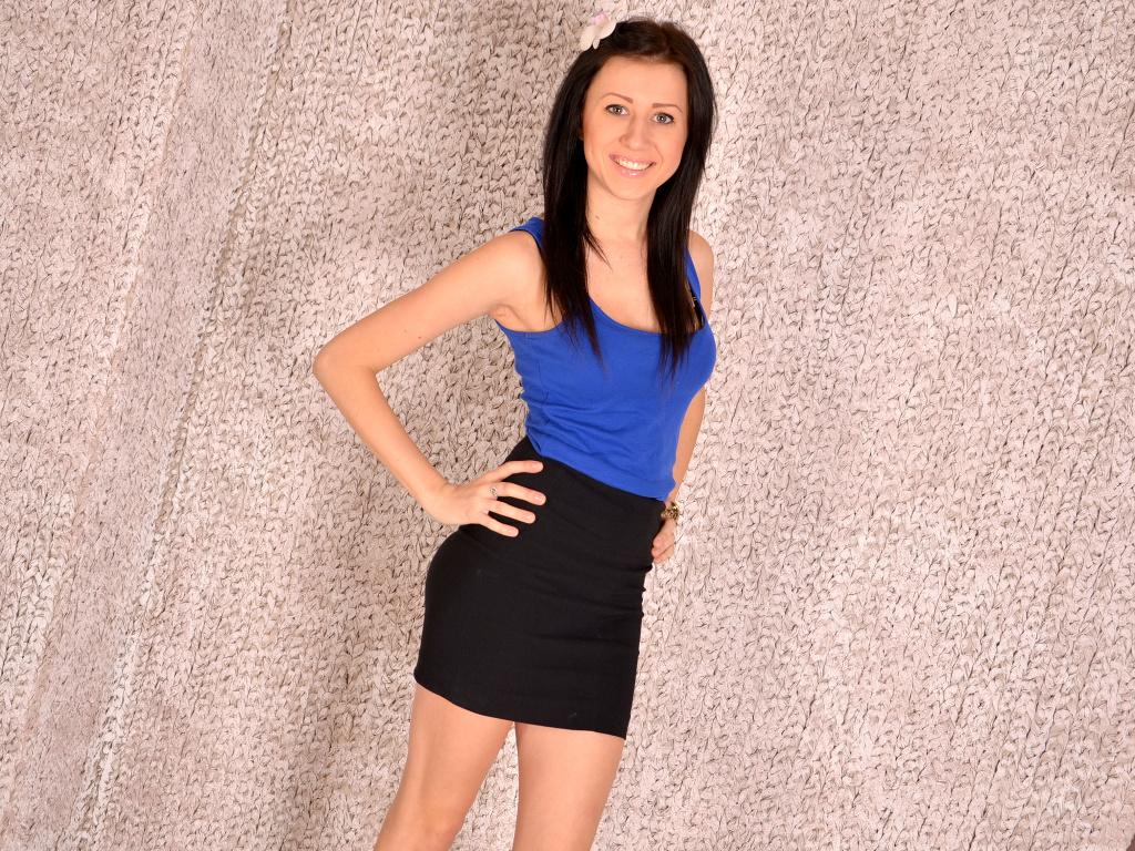 Livesex mit BeverlyCute auf Camseite.com