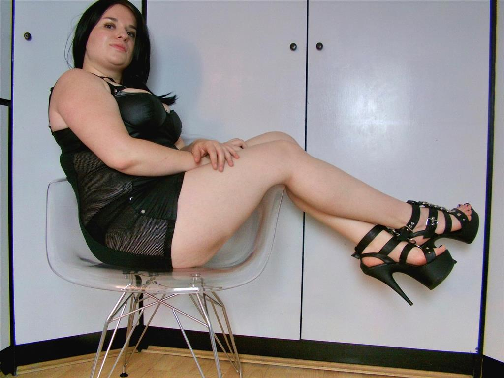 Livesex mit PaulineMaxx auf Camseite.com