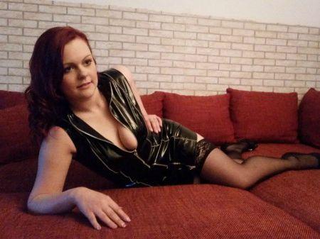 Livesex mit SexyCindy01 auf Camseite.com