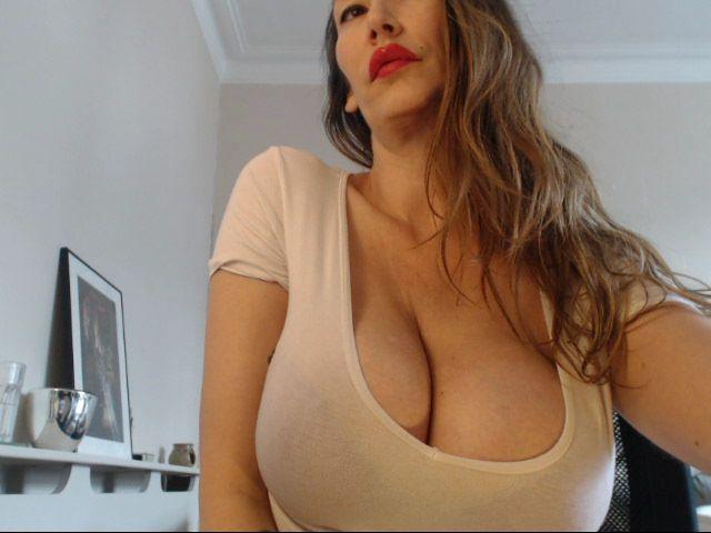 Livesex mit StephanieUK auf Camseite.com